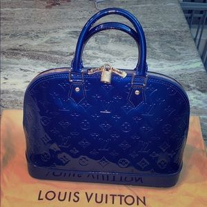 Louis Vuitton 💎 Vernis Alma MM